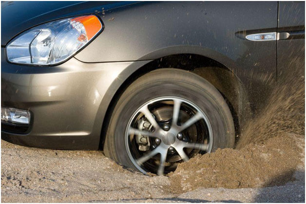 car stuck in mud.jpg
